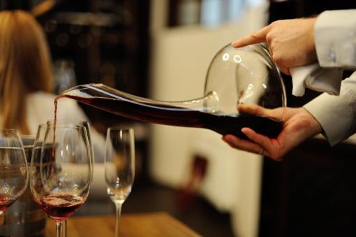 D. Grybauskaitė: alkoholio prieinamumas turi būti mažinamas protingai