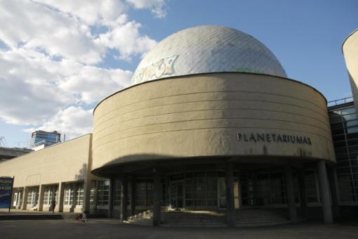 Vilniaus universiteto planetariume skambėjo pasaulio muzika
