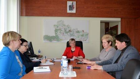 Aptartos bendradarbiavimo galimybės plėtojant socialines paslaugas bendruomenėje