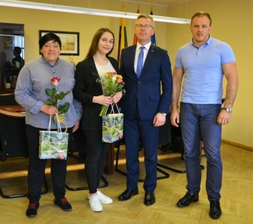 Jurbarko meras susitiko su Europos sambo imtynių vicečempione Sandra Žievyte