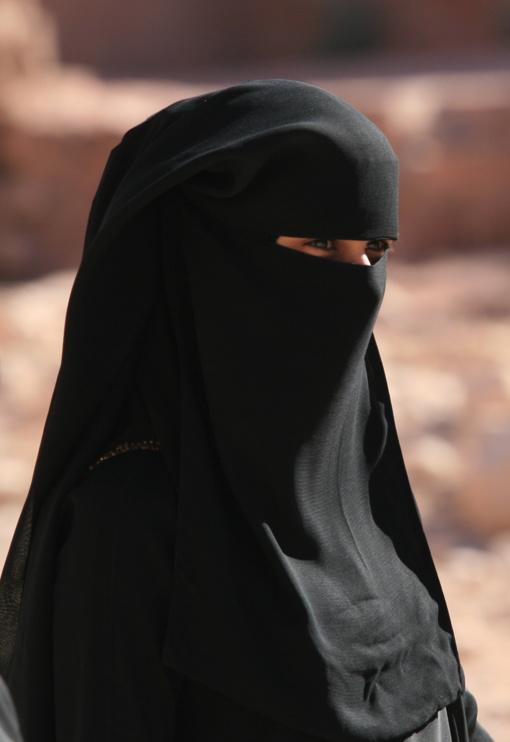 Austrijoje uždrausta dėvėti burkas