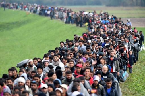 Europos Parlamentas: valstybės privalo priimti tiek pabėgėlių, kiek įsipareigojo