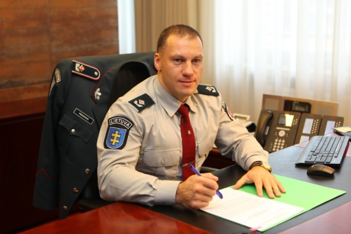 Lietuvos policijos vadas L. Pernavas papasakojo, ką patyrė lėkdamas vandens formule