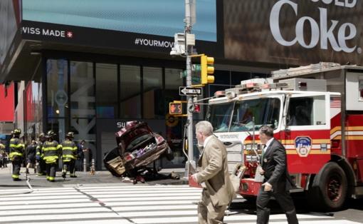 Niujorko centre 22 pėsčiuosius sužalojęs vairuotojas teigia girdėjęs balsus