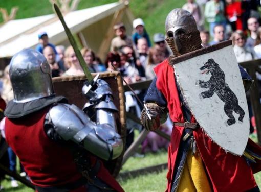 Stipriausi Europos riteriai susikaus dėl Lietuvos kariuomenės vado kalavijo