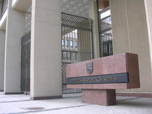 Valdančiųjų patvirtiną VTEK pertvarką opozicija vadina šnipštu