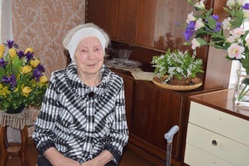 95-erių metų sulaukusi veiviržėniškė tik dabar suprato, kas yra senatvė