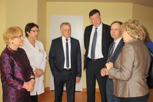 Po sveikatos apsaugos ministro vizito Laukiama permainų Telšiuose