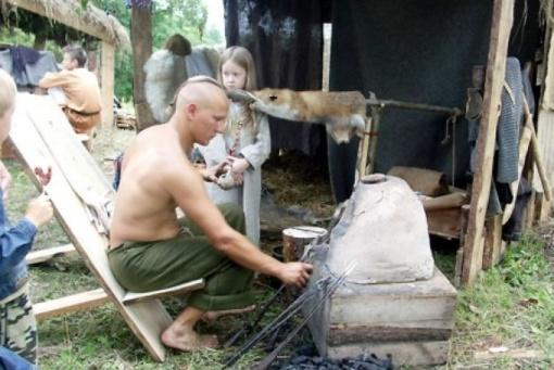 """Birželio 11-ąją – """"Tradicinių amatų diena"""" Maišiagaloje"""