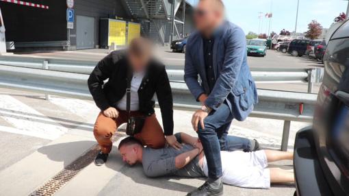 Šiauliuose - sąvadautojų sulaikymo operacija lyg iš veiksmo filmo (VIDEO)