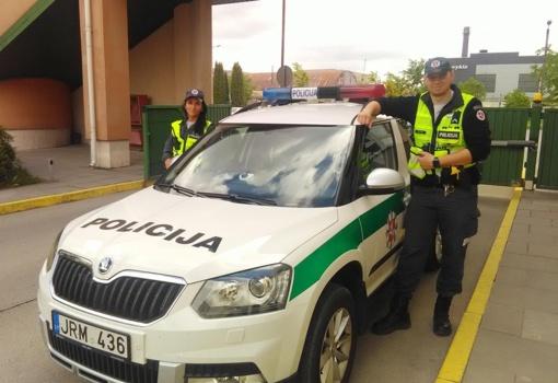 Policija gavo padėką už sutramdytą agresyvų ir neblaivų vairuotoją