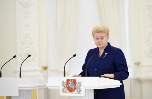 """Prezidentė paskelbs akcijos """"Padovanok vaikui vasarą"""" pradžią"""