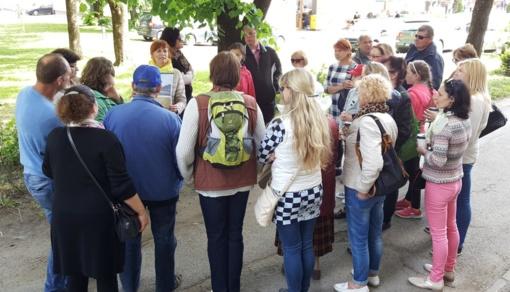"""Ekskursijoje """"Prie rubežiaus"""" dalyvavo visas būrys miestelėnų ir miesto svečių"""