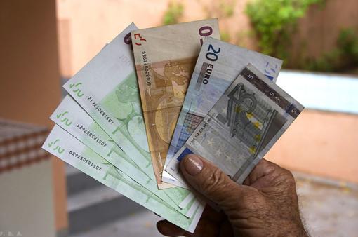 Vyriausybė griežtina kovą su mokesčių vengimu