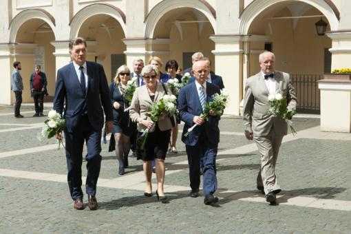 Parlamentarai atsisveikina su kolega Roku Žilinsku