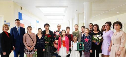 Kretingoje apsilankę LR Prezidento kanceliarijos atstovai pagerbė daugiavaikes mamas