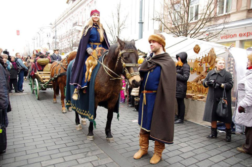 Baltų lopšy– lietuviško kostiumo ištakos