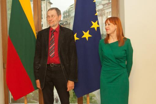 Profesoriui L. Mažyliui įteikta pirmoji Lietuvos pažangos premija