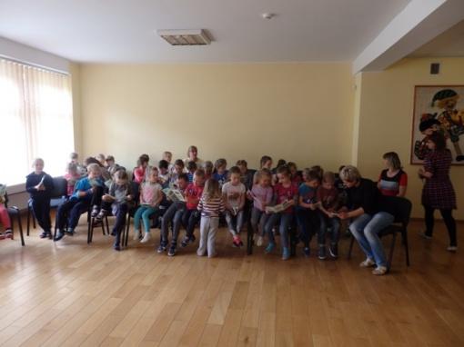 """Vilkaviškio vaikų lopšelyje–darželyje """"Buratinas"""" vyko civilinės saugos pamokėlė """"Saugus elgesys prie vandens ir jame"""""""