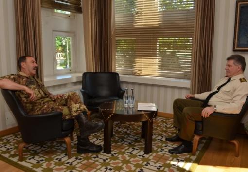 Lietuvoje lankosi NATO Jungtinių pajėgų vadavietės Brunsume vadas