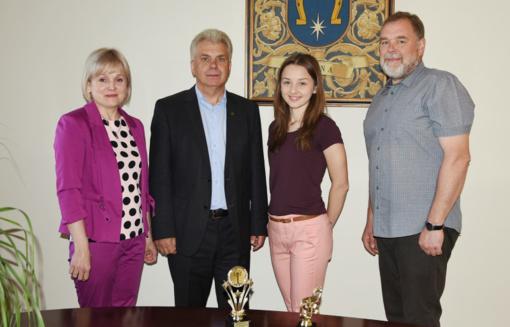 Uteniškės sėkmė tarptautiniame jaunųjų atlikėjų konkurse