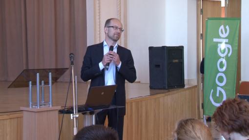 """Šiaulių valstybinėje kolegijoje - """"Google"""" skaitmeninių įgūdžių mokymai"""