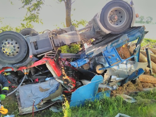 Kelmės rajone per avariją žuvo vairuotojas