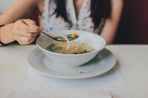 """Kodėl sveika mityba """"nuo pirmadienio"""" yra pasmerkta žlugti?"""