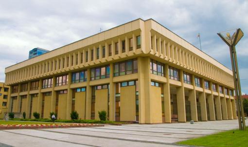 Pasipriešinimą įteisinti 40 dienų parlamentarų atostogas lemia nenoras atsisakyti privilegijų, teigia R.Baškienė