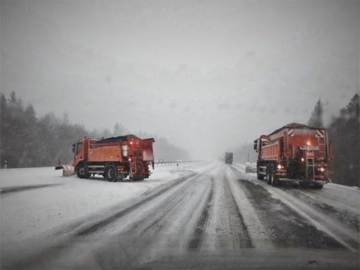 Kelininkai pradėjo dėlioti planus dėl kelių priežiūros žiemą