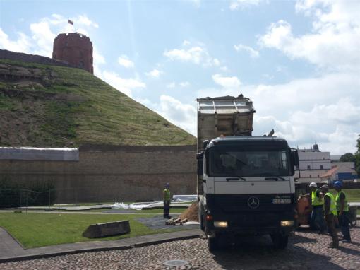 Dėl pavojingos Gedimino kalno būklės Vilniuje paskelbta ekstremalioji situacija