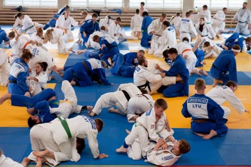 Jaunieji dziudo imtynininkai susirinko į paskutinę stovyklą prieš Europos čempionatą