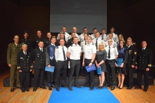 Lietuvos aukštojoje jūreivystės mokykloje vadų kursus baigė 24 kariai
