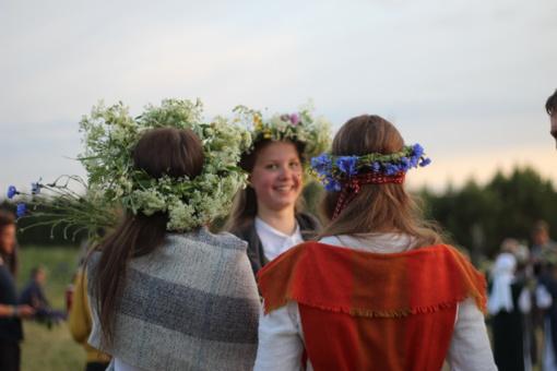 Kas Lietuvai Rasos šventė ir Jonas Trinkūnas?