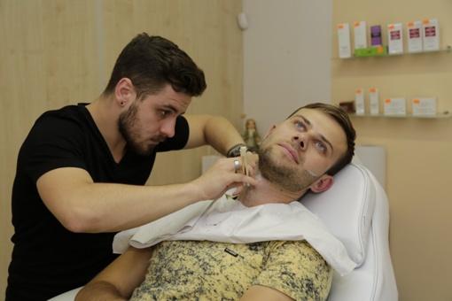 Kodėl vyrai augina barzdas?