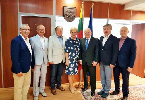 Kauno regiono merų delegacija su oficialiu vizitu lankėsi Kazachstano Respublikoje