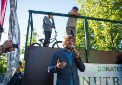 Gyventojai kviečiami Šakių miestui laimėti riedlenčių parką