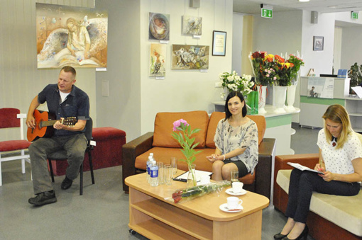 Pagėgių savivaldybės viešojoje bibliotekoje – dailės mokytojų kūrybos popietė