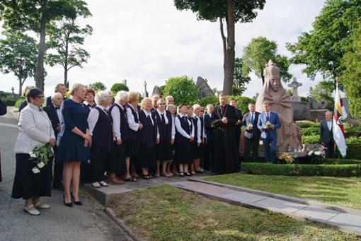 Atmintis gyva, nes liudija: paminėtos 76-osios Rainių tragedijos metinės