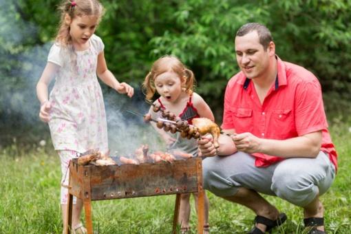 Vaikų gimtadienis gamtoje – ką valgyti ir ko vengti?