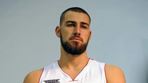 Krepšininkas J. Valančiūnas dalinsis patirtimi su perspektyviais jaunuoliais