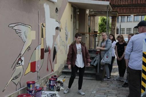Marijampolės gatvės piešinių galerija pasipildė naujais kūriniais