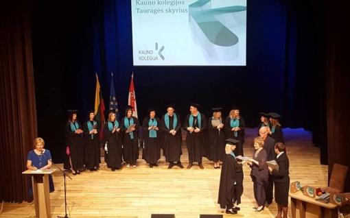 Diplomai įteikti Kauno kolegijos Tauragės skyriaus absolventams