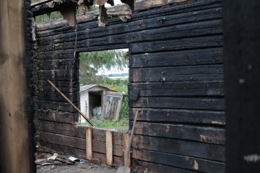 Gaisras Radviliškio rajone apnuogino valstybės sopulius? (VIDEO)