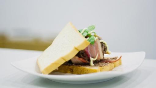 Piknikų sezonui įsibėgėjant: kaip tinkamai laikyti duoną?
