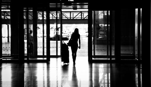 Ekspertai: emigraciją auginti galėjo pragyvenimo nelygybė, kainų augimas