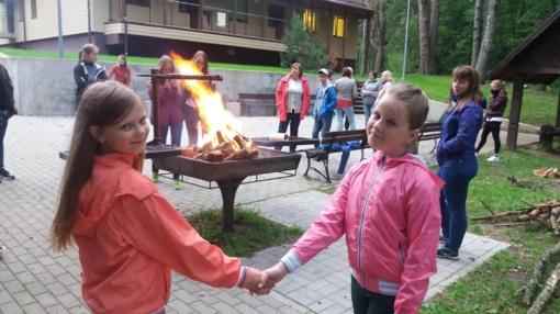 """Baltijos jūros projekto stovykla """"Auginkime mokslininką gamtinėje aplinkoje"""""""