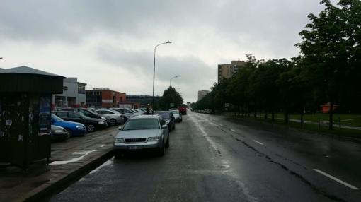 Alternatyva Šiaulių pietinio rajono gyventojams: arba ieškok automobiliui naujos vietos, arba atverk piniginę (VIDEO)