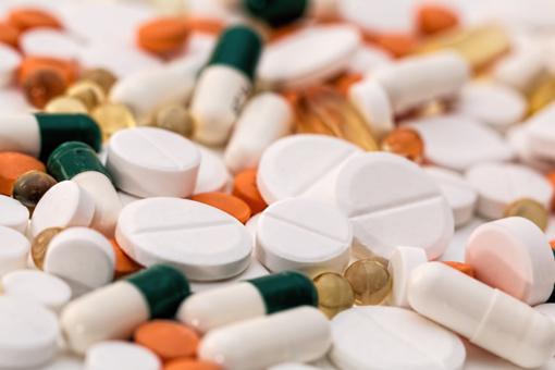 Senjorams siūloma kompensuoti visą vaistų kainą
