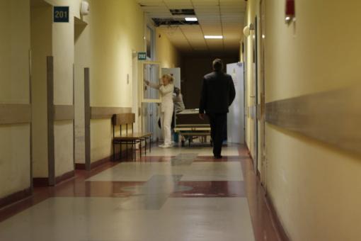 """Emigrantė Rasa: """"Kas skundžiasi eilėmis pas gydytojus, turėtų pagyventi užsienyje"""""""